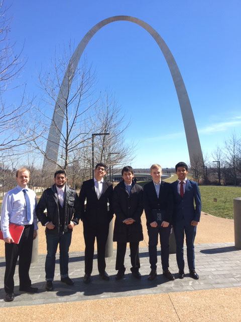 Economics students attend conference in St. Louis