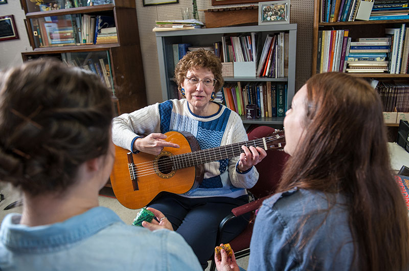 Mary Ellen Wylie with students