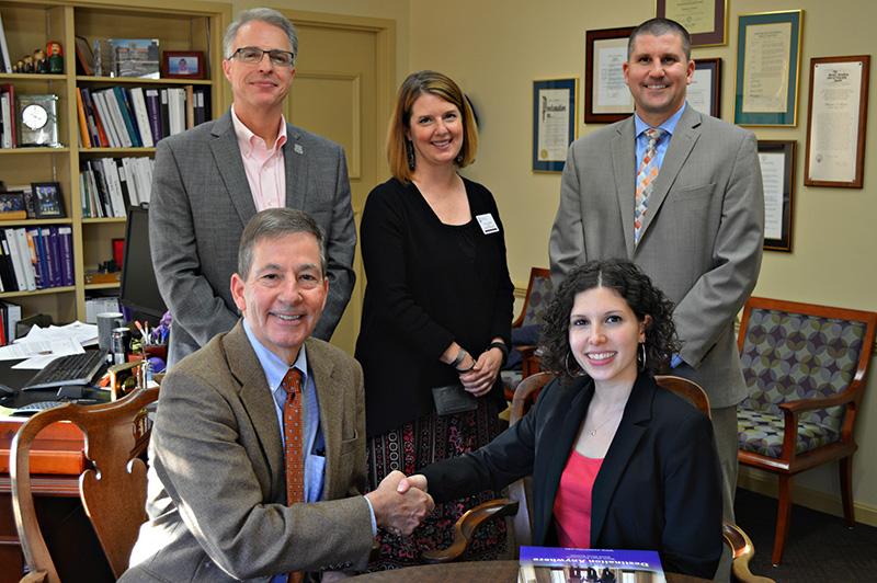 University of Evansville Signs Exchange Agreement with Paris School of Business