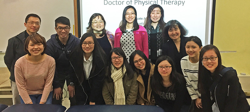 Group Photo of Students in Taiwan