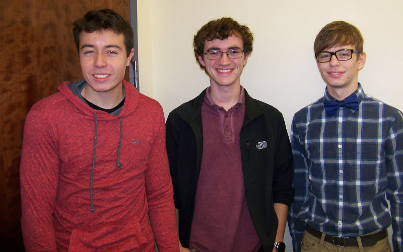 UE Team wins 1st Place at Site; Places 10th  in ACM Mid-Central Regional Programming Contest